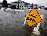 Ap_hurricane_sandy_ss3_high_water_jt_121028_ssh-300x232